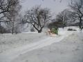 Úklid sněhu ve Sklenařicích na silnici od Rejdic, 12.března 2006