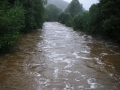 Rozvodněná Jizera v Jablonečku, 7.srpna 2006