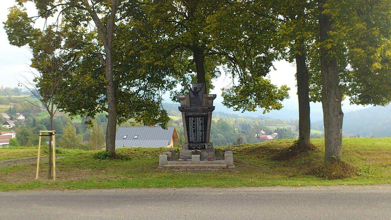 pomnik14100501